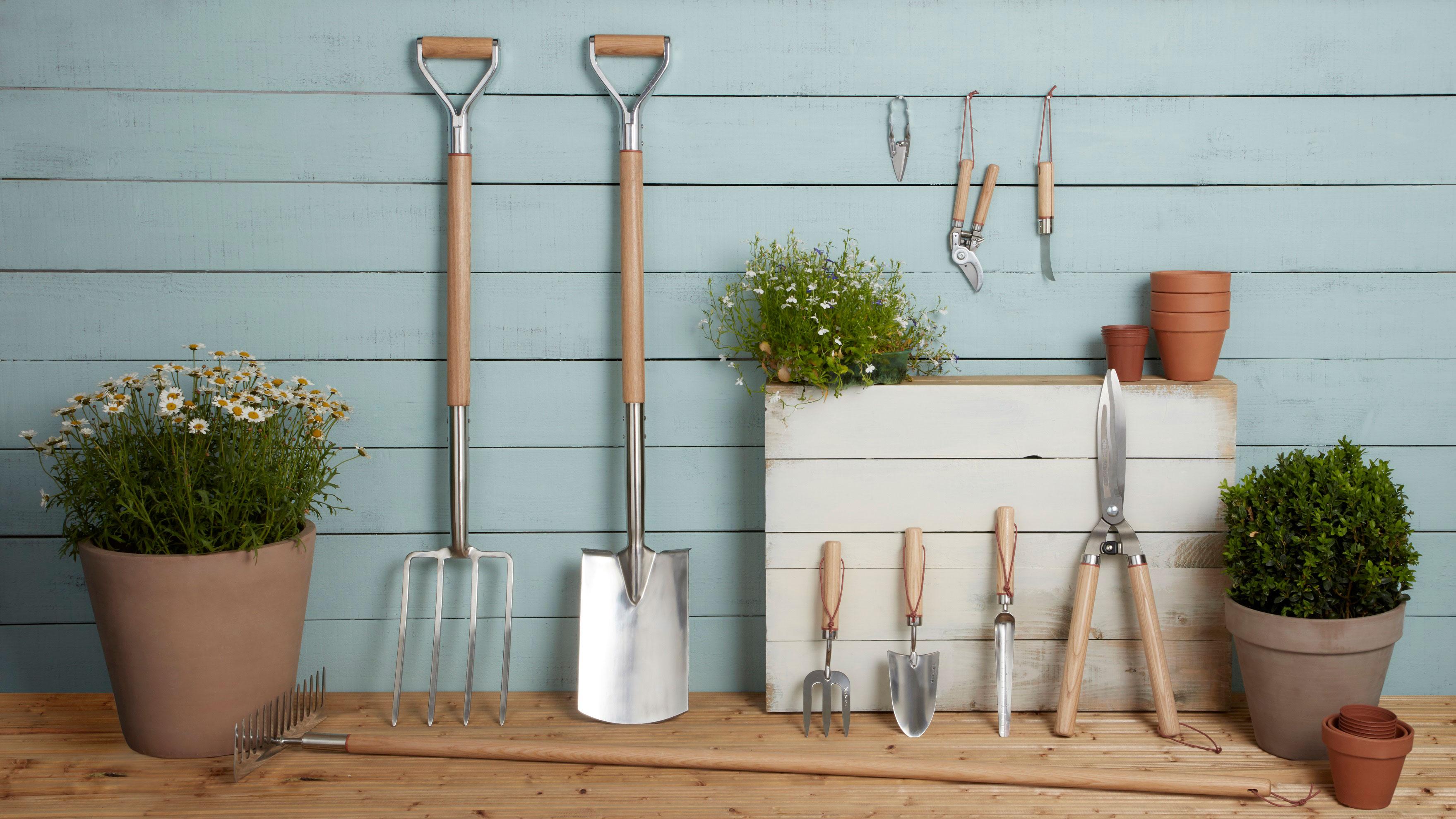 Draper Expert Border Fork Stainless Steel Wood Ash Handle Quality Garden Tools