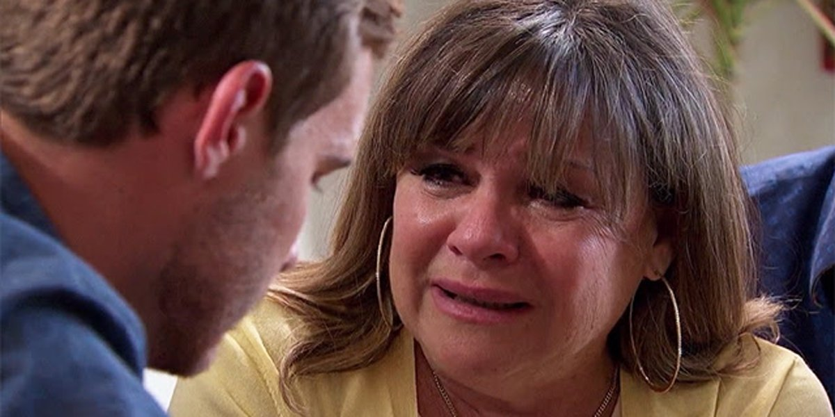 The Bachelor 2020 Peter Weber's mother Barbara cries don't let her go, bring her home ABC