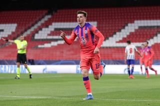 Mason Mount celebrating his goal against FC Porto
