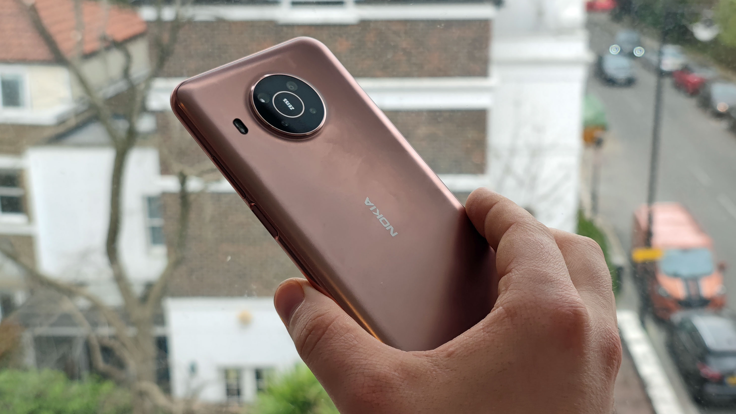 HMD Nokia going Apple's way; To skip chargers from the retail box thumbnail