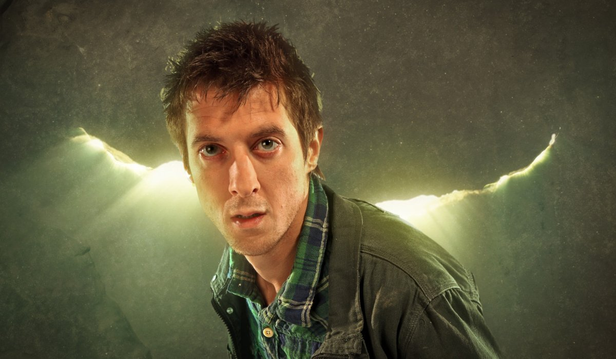 Doctor Who Rory stands in front of The Crack