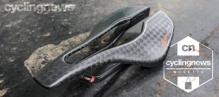 Selle Italia SP-01 Boost Tekno Superflow saddle