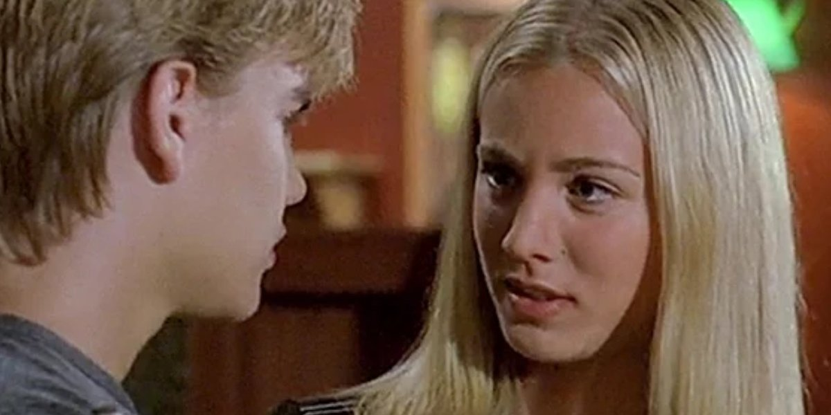 David Gallagher and Kaley Cuoco on 7th Heaven