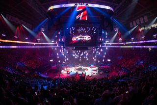 Elite Multimedia Productions, Cornerstone Technologies Take LED into the Stage