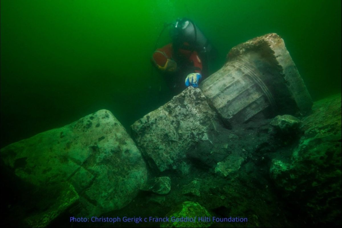 Divers Find Remains of Ancient Temple in Sunken Egyptian City