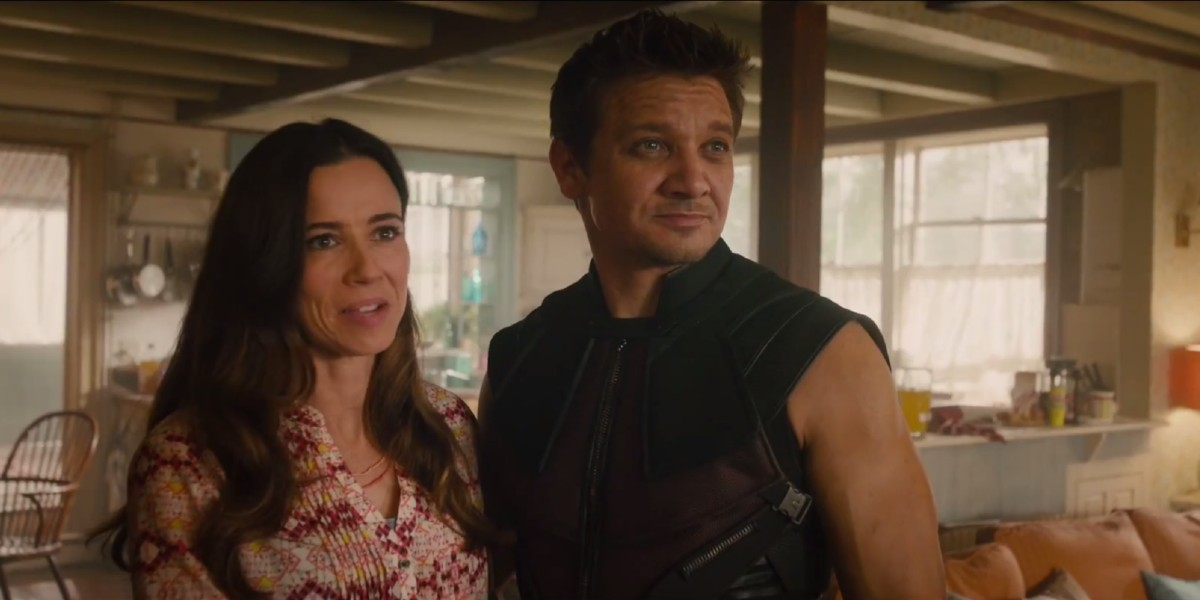 Linda Cardellini, Jeremy Renner - Avengers: Age of Ultron