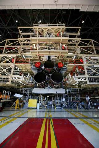 NASA Primes Space Shuttle Discovery for Move