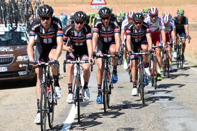Giant-Alpecin chases on stage eighteen of the 2015 Tour of Spain