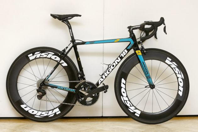 Argon 18 Gallium Pro in Astana colours at the team's training camp (Photo Watson)