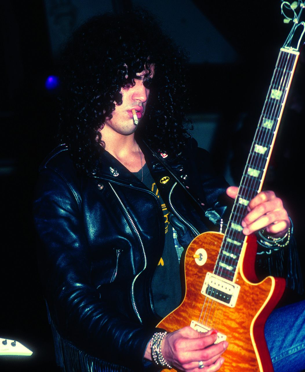 The Secrets Behind Slash's Guitar Sound on GNR's