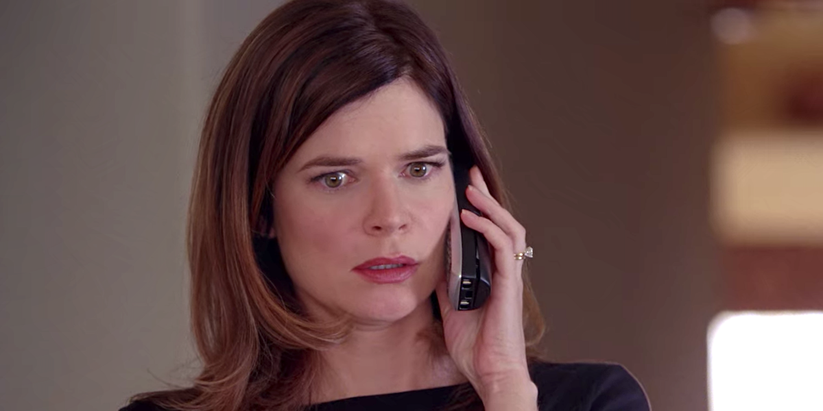betsy brandt on phone with hank breaking bad