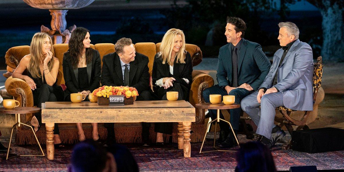 david schwimmer, Matt LeBlanc, Matthew Perry, Jennifer Aniston, Courteney Cox and Lisa Kudrow in Friends: The Reunion.