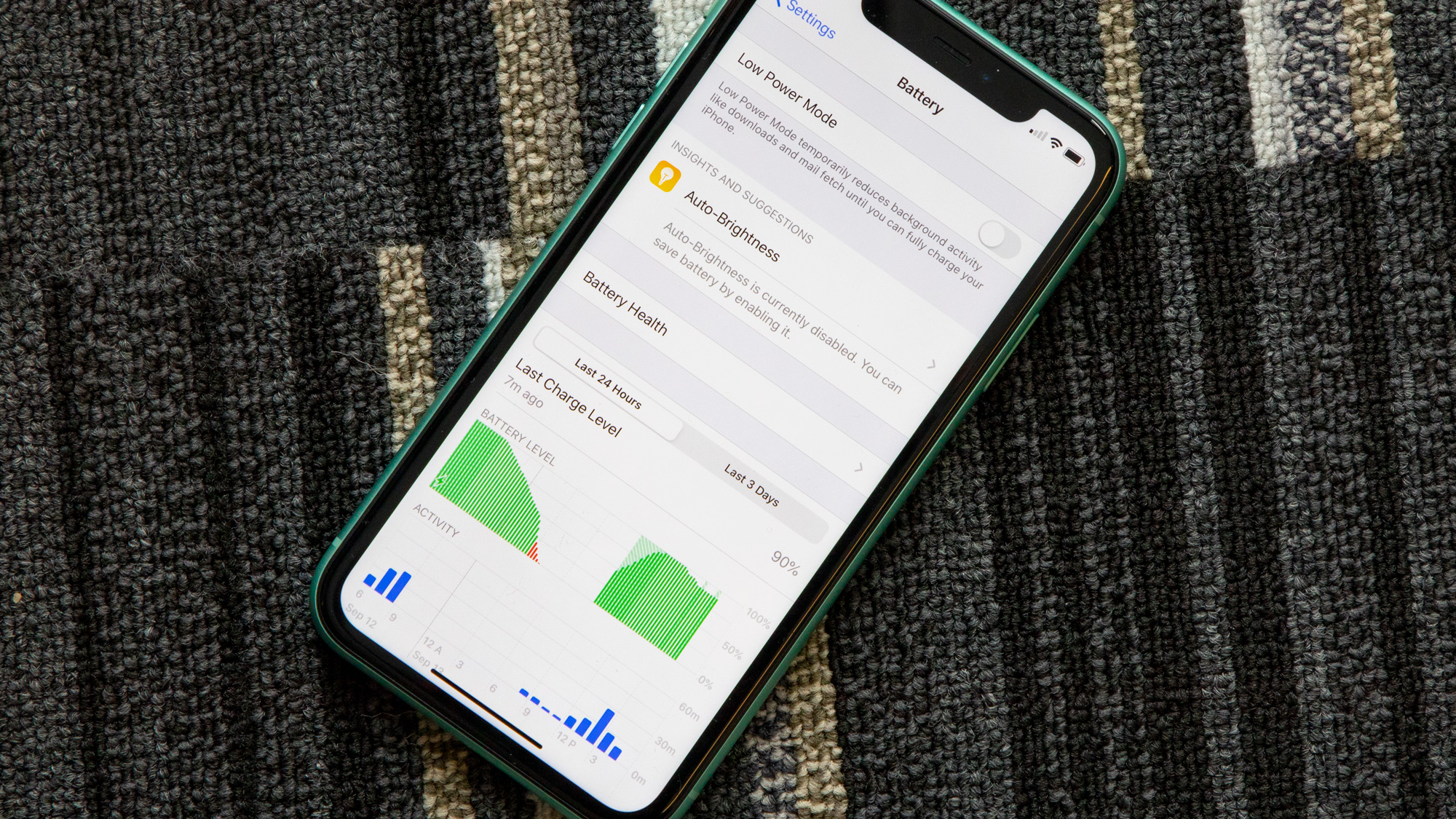 Iphone Users Are Reporting Severe Battery Drain While Running Ios 14 2 Techradar