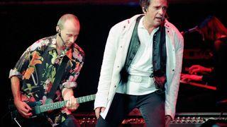 Peter Gabriel with guitarist David Rhodes, 1993