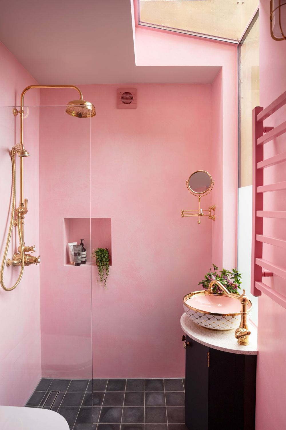 12 Of The Most Stylish Pink Bathroom Ideas For A Stunning Pink