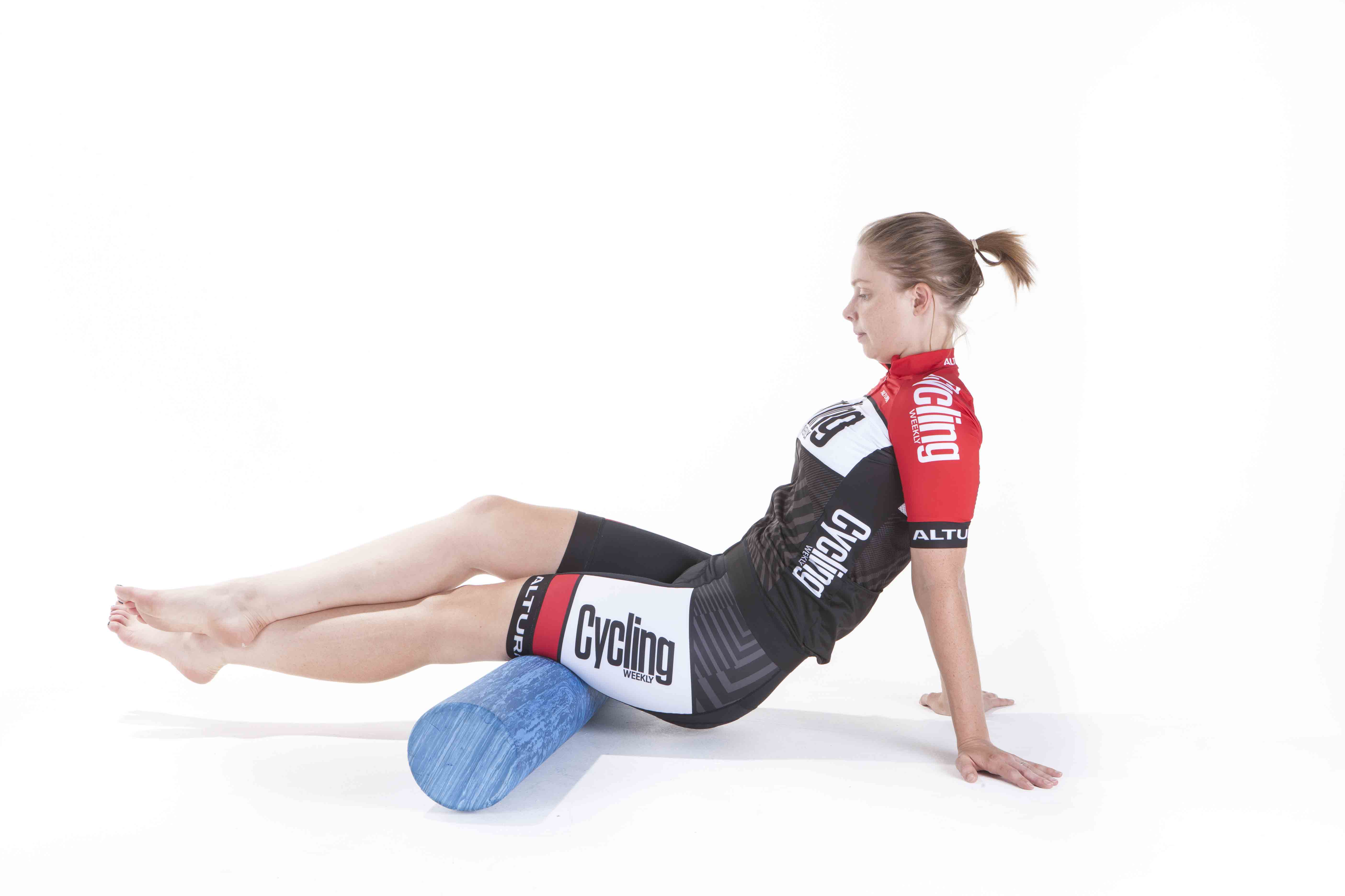 How to use a foam roller: exercises and stretches ...