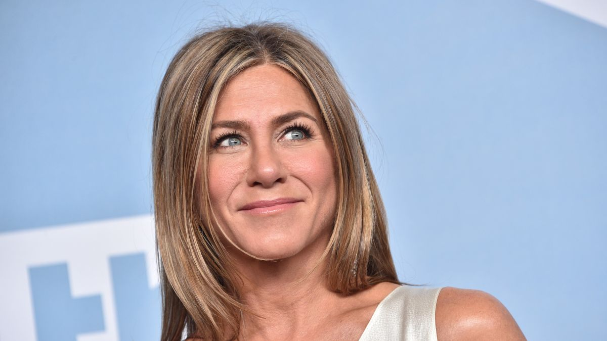"Jennifer Aniston has finally shared the exact lipstick she wore on ""Friends"""