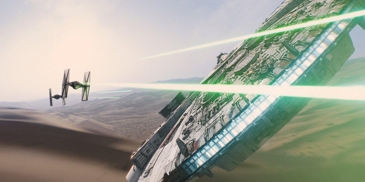 Tie Fighers vs. Millennium Falcon Star Wars The Force Awakens