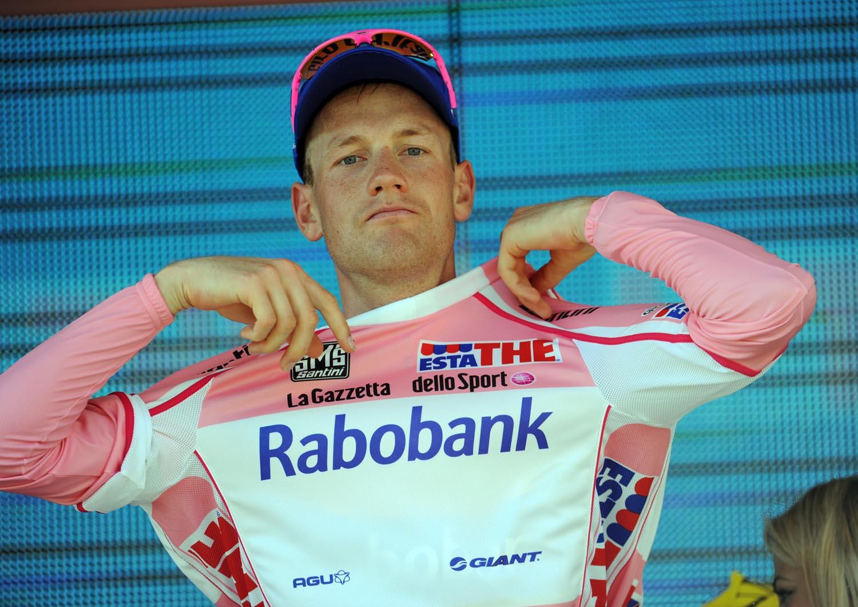 Pieter Weening keeps lead, Giro d