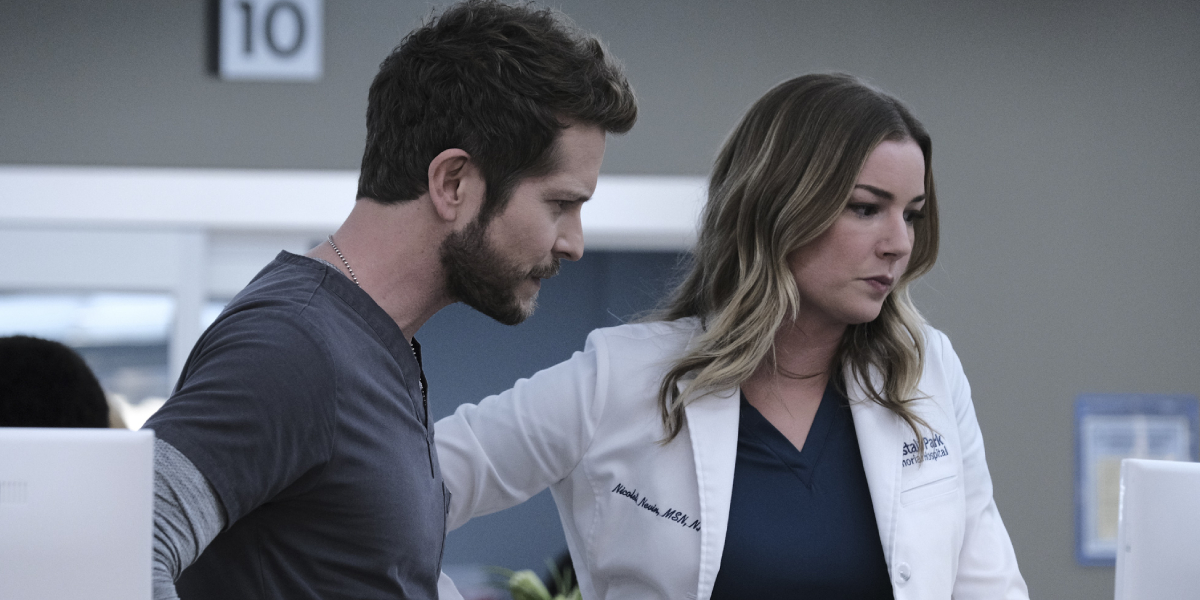 Matt Czuchry and Emily VanCamp on The Resident