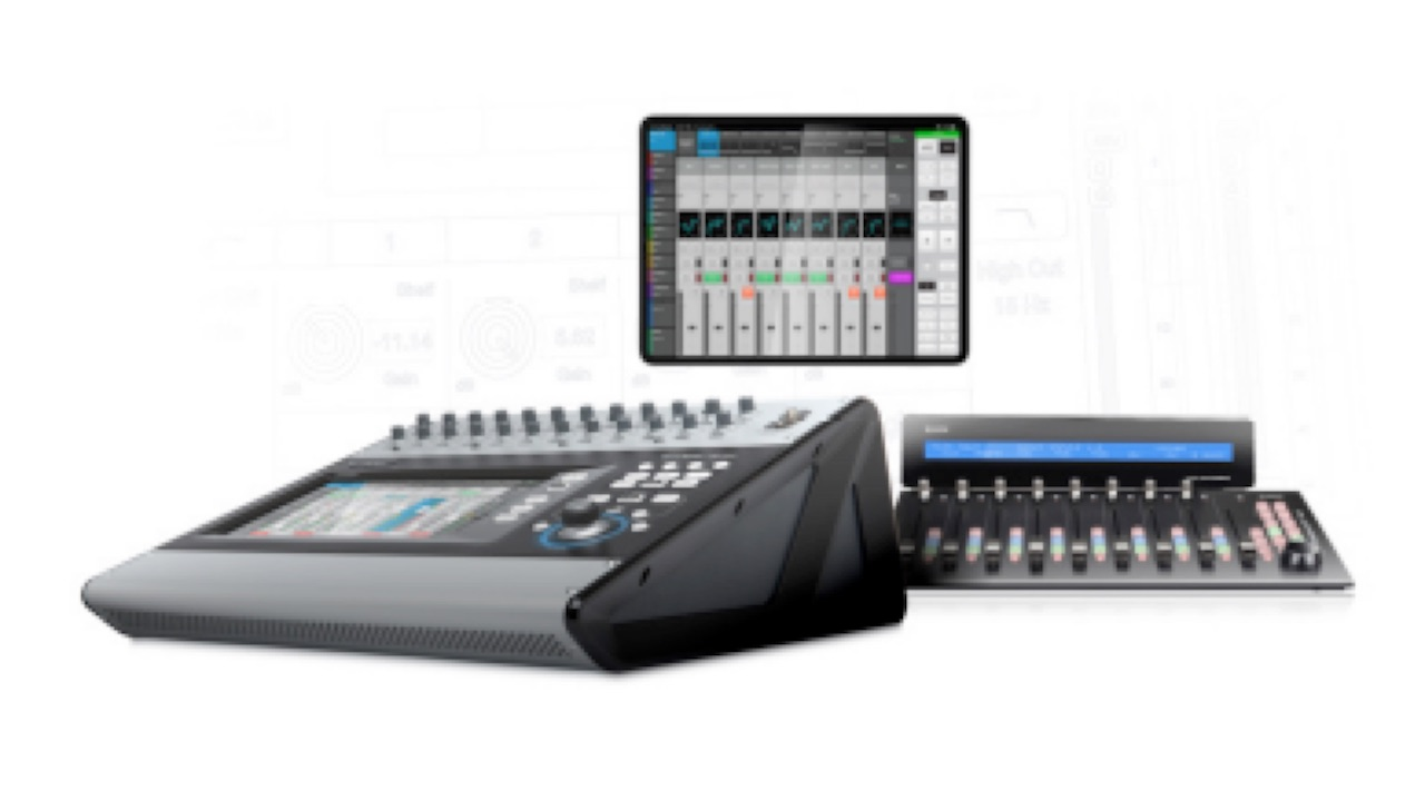 QSC TouchMix 30 Pro 32 Channel Digital