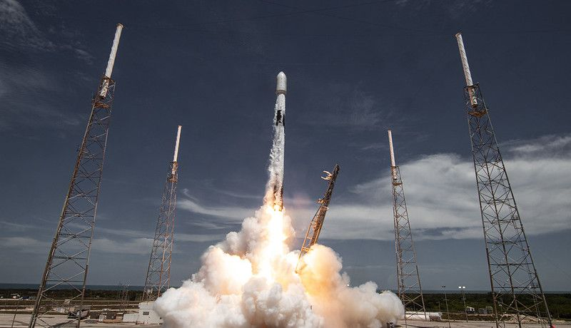 Watch SpaceX launch its 1st Starlink satellites in months - Space.com