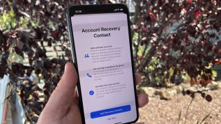 How to Set an Account Recovery Contact in iOS 15