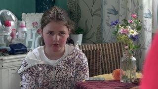 'Coronation Street' spoilers: Hope Stape feels abandoned.