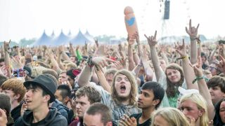 Download 2016 Crowd