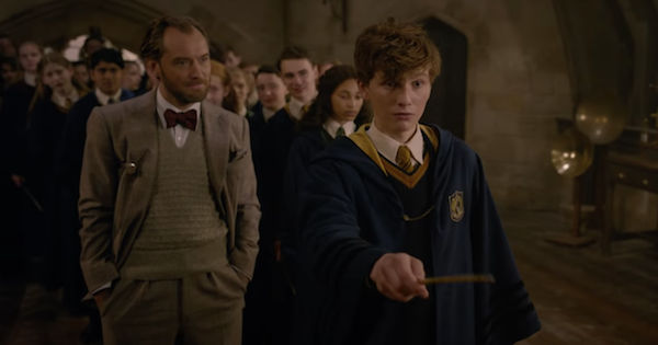 Jude Law and a young Newt Scamander in Beasts 2