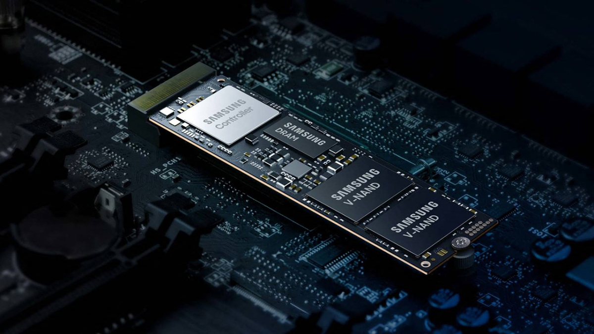 Samsung Teases PCIe 5.0 SSDs: Coming in Q2 2022