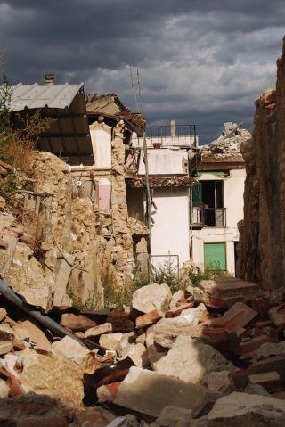 2009 L'Aquila quake in Italy.