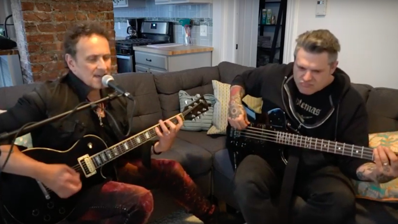 """6d25b05467447 Watch Vivian Campbell Jam ZZ Top s """"Cheap Sunglasses"""" on a Couch in  Brooklyn"""