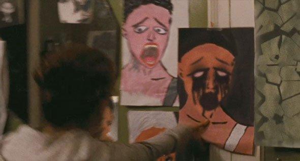 Black Swan Trailer Images Reveal Lesbian Kisses, Evil ...