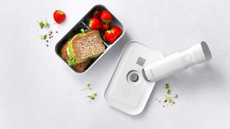 Zwilling Fresh & Save vacuum sealed lunch boxes