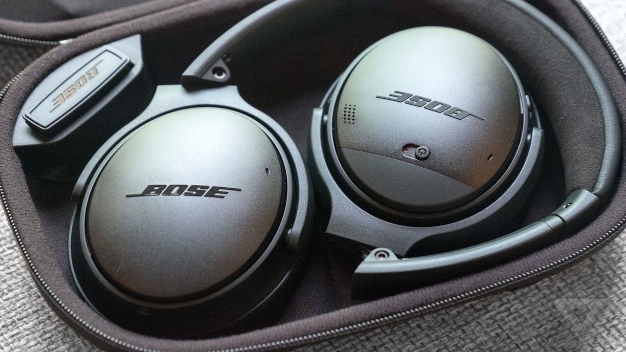 The Best Noise Cancelling Headphones In Uae For 2018 Techradar Bose Quietcomfort Qc25 Headphone Samsung Devices Black