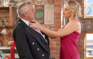 Jack gets hot and bothered when Darcy attempts to seduce him!