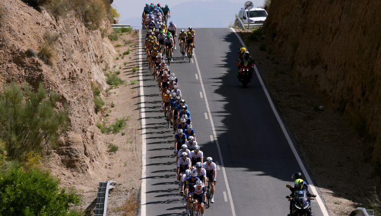 The Ruta del Sol peloton on stage four