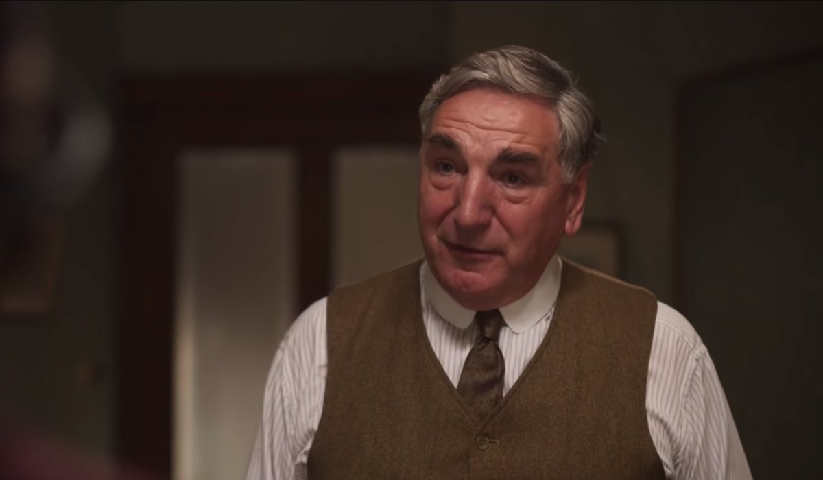 Downton Abbey Carson assures Lady Mary in his living room