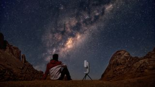 The Vespera smart telescope from the French startup Vaonis.