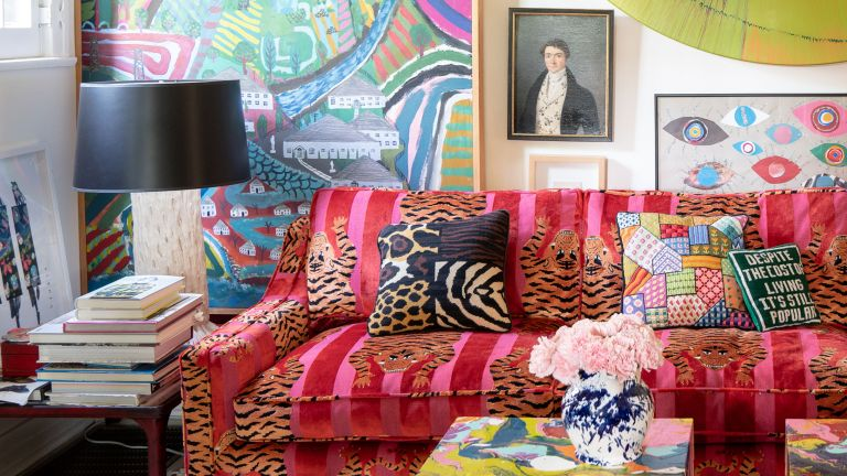 Hero_Schumacher-Showroom-Opening-Pink-Sofa-in-Jokhang-Tiger-Velvet