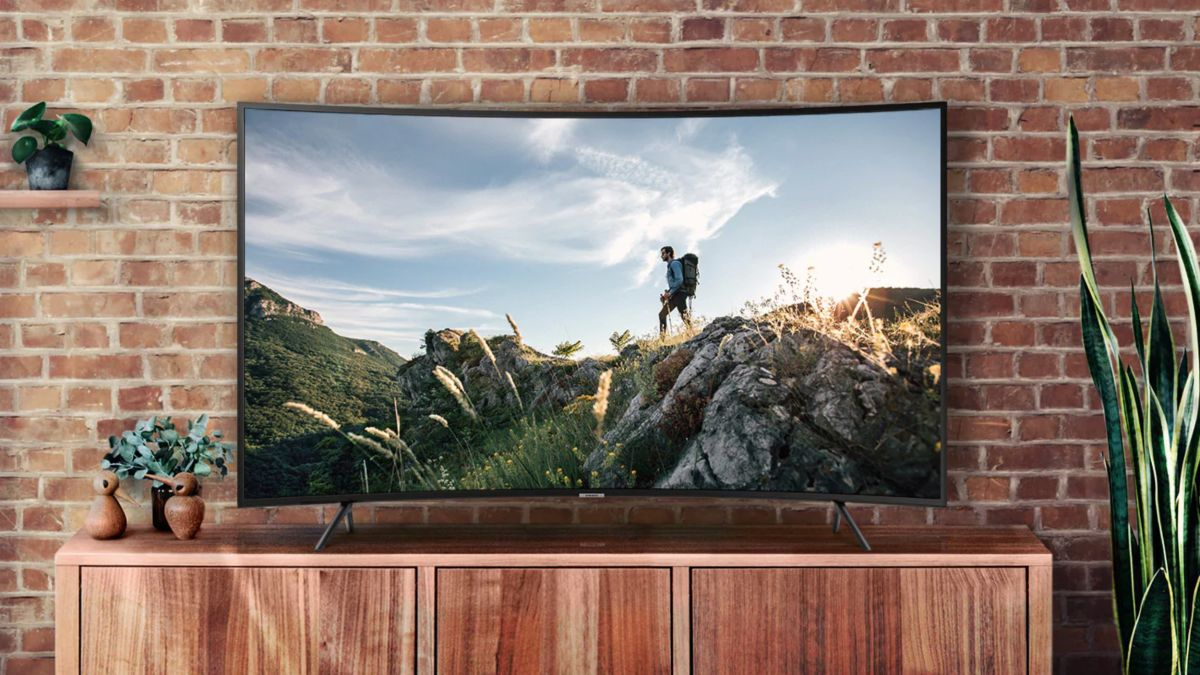 Walmart 4K TV deal: save $700 on Samsung's curved 65-inch TV