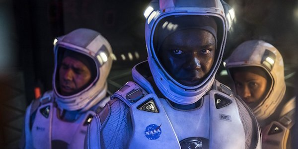 The Cloverfield Paradox astronauts