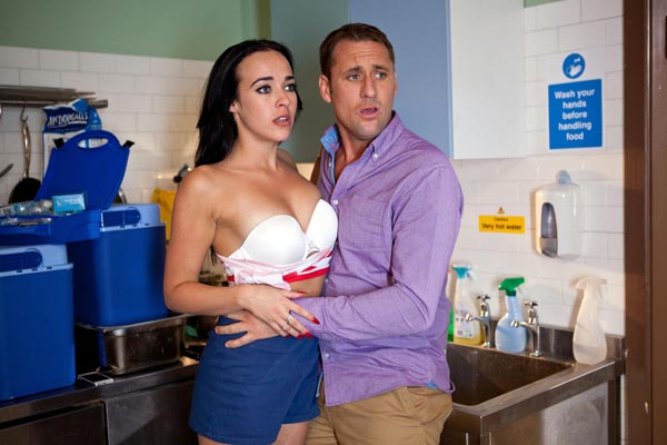 Freddie and sinead hollyoaks dating in real life
