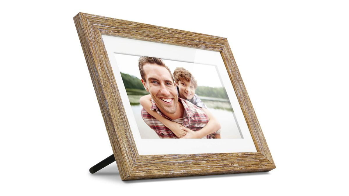 Plug and Play. 8 inch Slim Digital Photo Frame Photo Rotation Auto Slideshow