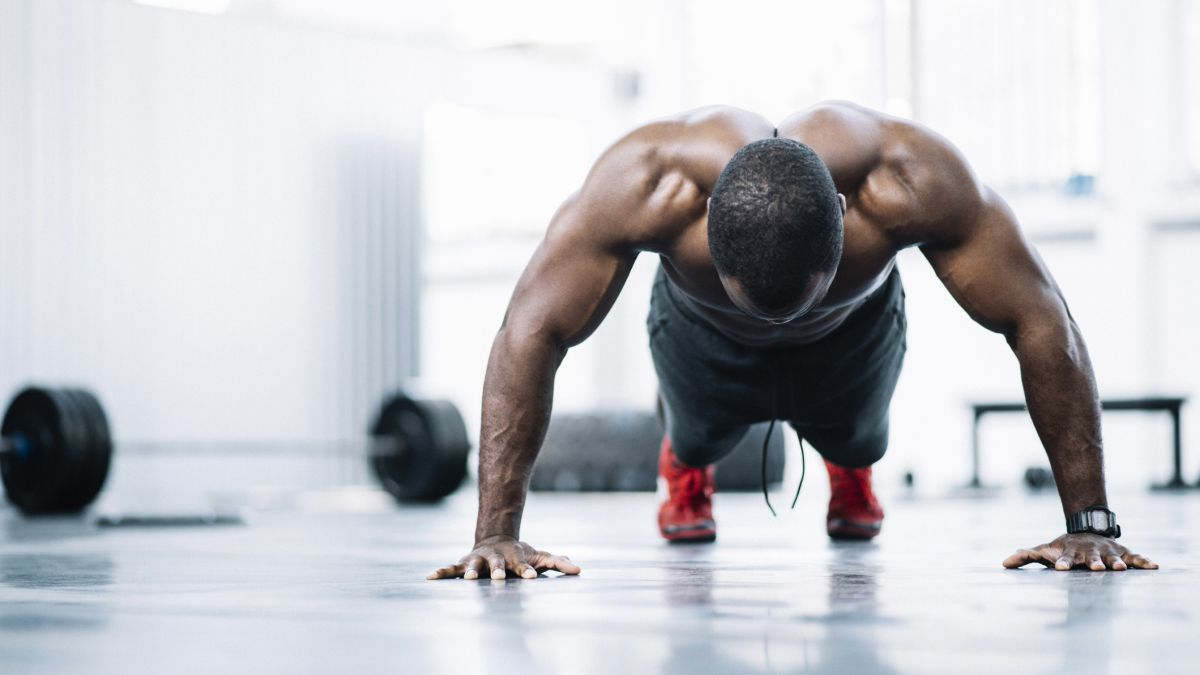 How to get big arms: can you train your biceps doing push ups?
