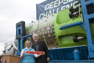 james cameron, donated submarine, DeepSea Challenger