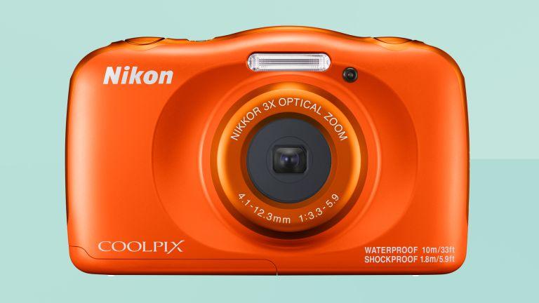 Nikon W150 review