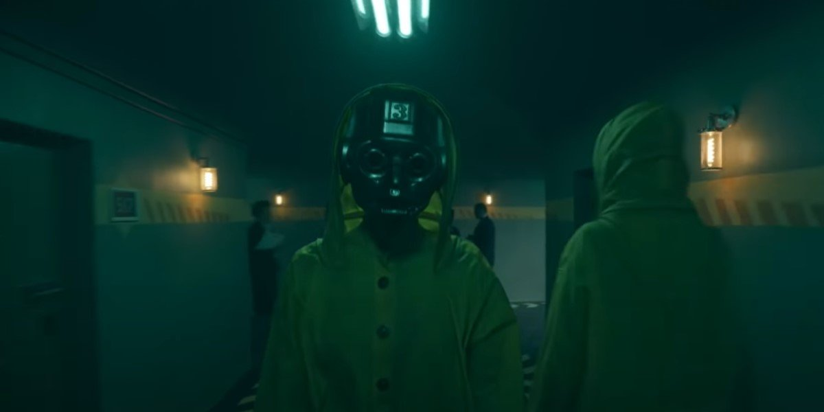 masked character in yellow raincoat in doom patrol season 3