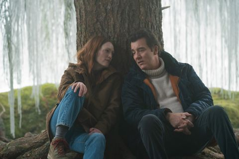 """Julianne Moore and Clive Owen in """"Lisey's Story""""."""